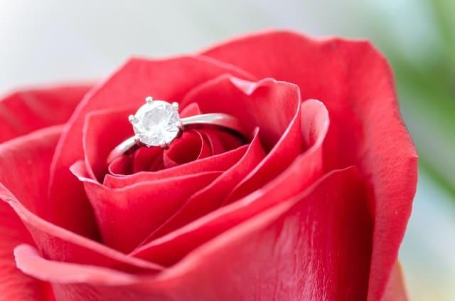 Inel de logodna - cerere in casatorie